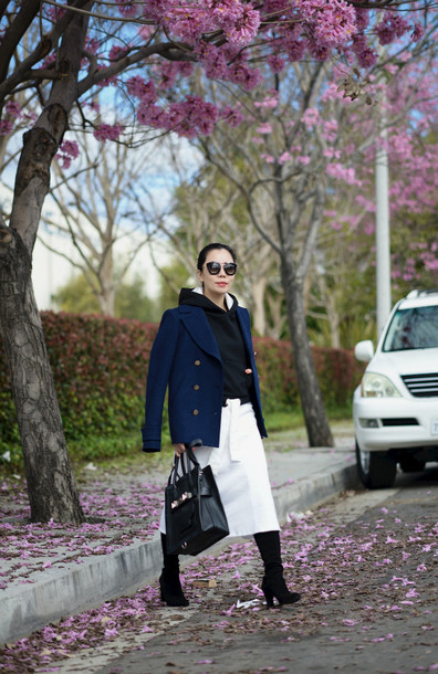hallie daily blogger pea coat white skirt navy sweater skirt shoes sunglasses