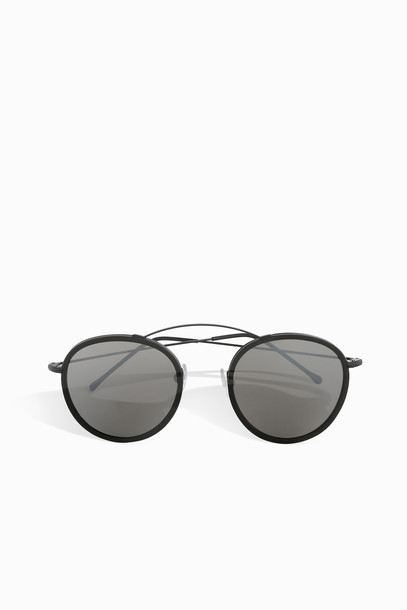 297b66736 SPEKTRE SUNGLASSES Metro Sunglasses in black - Wheretoget
