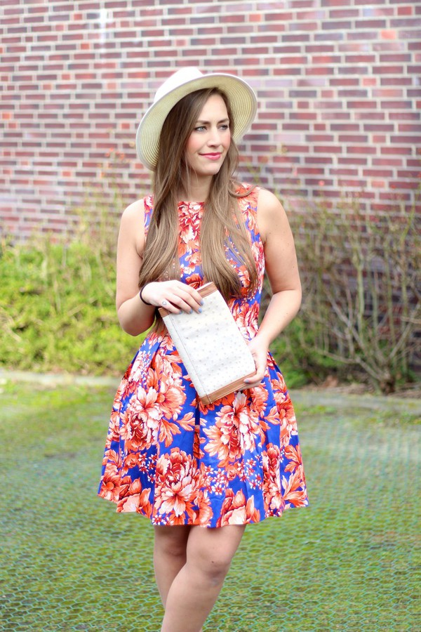 dress skater dress asos aldo river island hat fedora fedora floral flowers blogger fashion blogger fabes fashion girl pretty beautiful bold color bag