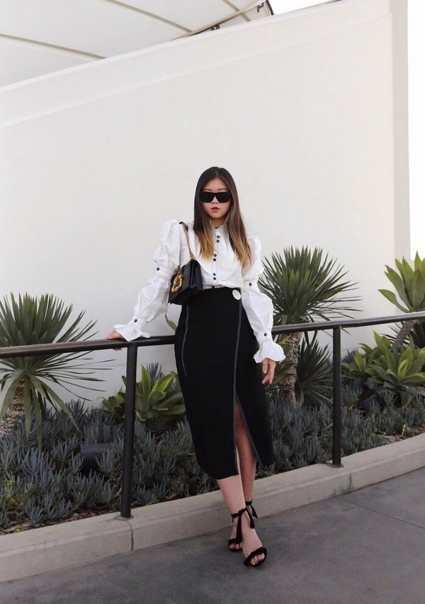 19a36474 skirt midi skirt black skirt slit skirt blouse white blouse sandals sandal  heels sunglasses spring outfits