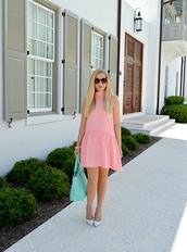 lauren conrad,blogger,dress,bag,jewels,shoes,sunglasses,pink dress,mini dress,short dress,blue bag,pointed toe pumps,pumps,mint