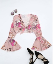blouse,girly,pink,floral,crop tops,crop,cropped,long sleeves