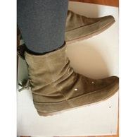 boots,brown boots,black boots,shoes
