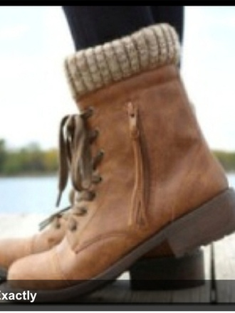shoes boots combat winter outfits fall outfits cozy madden steve madden madden girl socks booties leather brown tan beige leggings jeggings cute stylish style