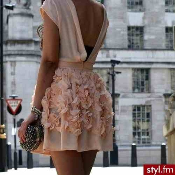 dress pink dress floral dress open back open backed dress open back dresses peach pink 3d floral flowers texture laser cut cute deep v back tea dress flowers rose mini dress beautiful open back dresses pastel tanned girl summer dress beige dress beige girly backless dress dress girly pink summer nude dress nude