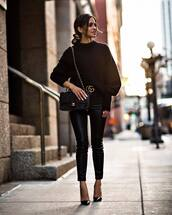 pants,black pants,skinny pants,leather pants,high waisted pants,pumps,logo belt,shoulder bag,sweater,knitted sweater,black sweater