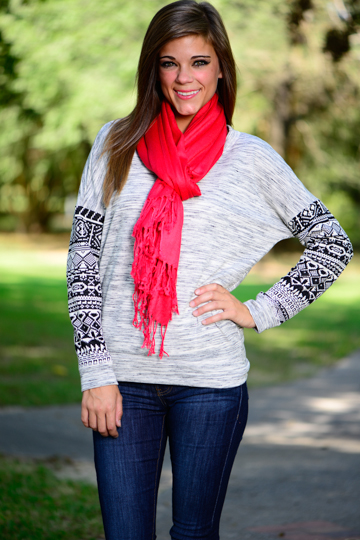 Tribal sleeve sweater, grey