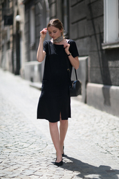 dress,tumblr,midi dress,black midi dress,black dress,flats,sunglasses,scarf,bag,black bag,work outfits,office outfits