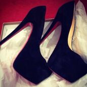 shoes,black heels,red sole,gorgeous,high heels,platform shoes
