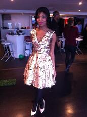 dress,gold,sequins,prom dress,v neck dress,sequin dress,gold dress,full skirt,net