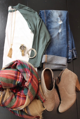 baseball tee jeans gold necklace tartan scarf suede boots ankle boots shirt scarf shoes tan wedges heels tan heels tan wedges plaid plain baseball tee green and white three-quarter sleeves