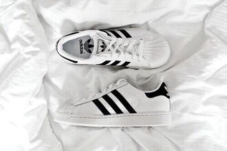 adidas adidas originals originals trainers hipster menswear vans converse mens shoes white shoes shoes jeans cool need this shoes adidas shoes white black sneakers perfect dope style swag streetwear black and white adidas superstars adidas trainers white adidas