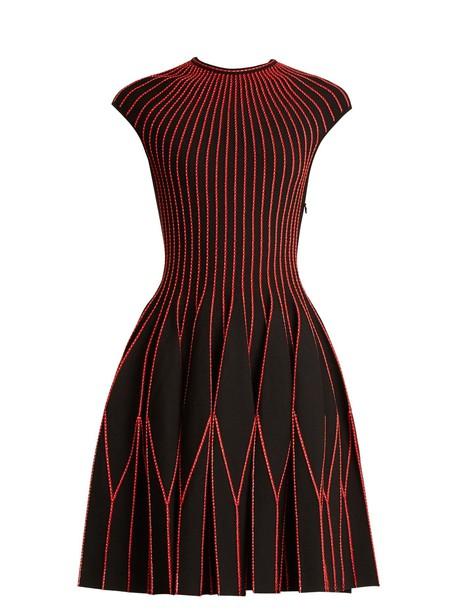 Alexander Mcqueen dress pleated geometric gold black