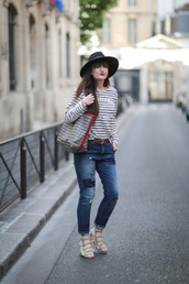 meet me in paree,blogger,sweater,jeans,bag,shoes,jacket,stripes