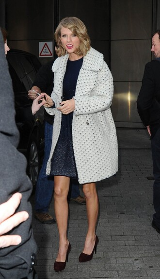 coat pumps taylor swift dress