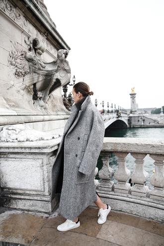modern legacy blogger coat sweater dress shoes sunglasses wool coat grey coat boyfriend coat grey oversized coat
