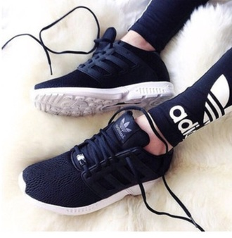 shoes black shoes adidas shorts black and white black white black adidas shoes adidas shoes running shoes workout running adidas black trainers black sneakers low top sneakers noir please help me find it