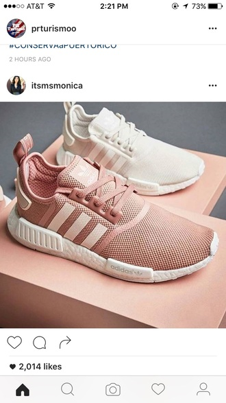 shoes adidas white low top sneakers pink sneakers adidas shoes pink trainers white sneakers pink shoes girly white shoes rose gold light pink addidas nude sneakers pastel sneakers pastel pink nude sports shoes rose sneakers pastel light pink adidas originals