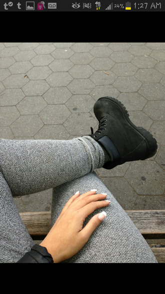 pants legging grey shoes boots grey jeans grey sweatpants leggings grey leggings black timberlands black timberlands grey sweats sweatpants skinny clothes fashion teenagers girl fsjshoes