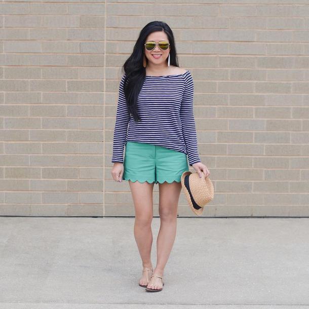 morepiecesofme blogger sunglasses hat jewels top shorts shoes