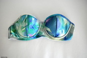 swimwear,hot,blue,green,bikini top,maybe a bra...,abstract,turquoise,summer,bikini,tumblr,cool,peng,tropical,holographic,bandeau,pretty,beautiful,style,swimwear top,green swimwear,blue swimwear,top,grunge