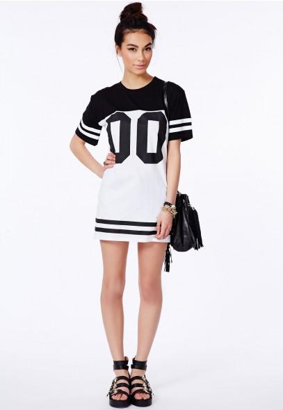 Missguided - Debbe Monochrome Oversized Baseball T-Shirt Dress