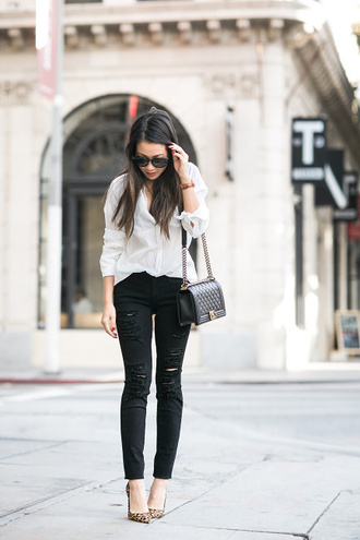 wendy's lookbook blogger top bag shoes jewels sunglasses jeans white shirt nude stilettos black ripped jeans