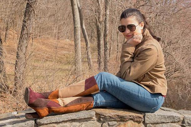closetfashionista blogger jacket sweater jeans shoes sunglasses bag jewels