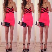 dress,sexy,heels,pink,black,gold necklace,jewels,cute