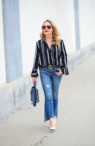 thehuntercollector blogger top jeans belt jacket sunglasses bag shoes gucci belt handbag blue bag