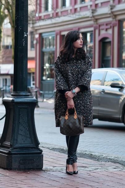 coco and vera blogger coat leggings shoes bag jewels