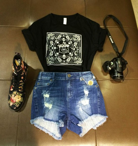 jewels boots t-shirt janoskians cute outfit camera flower boots patterned boots combat boots denim shorts worn jean shorts tucked in shirt exploring outfit dirty pig shop dirty pig black t-shirt High waisted shorts