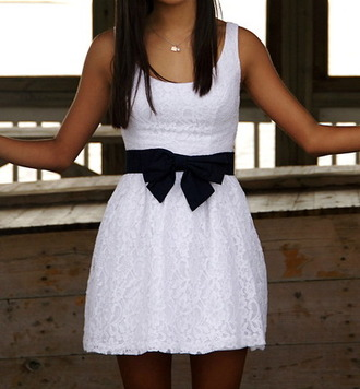 dress lace dress lace bow white dress node bow dress preppy dress black bow white cute black black belt belt pretty gorgeous material dess as seen in this picture