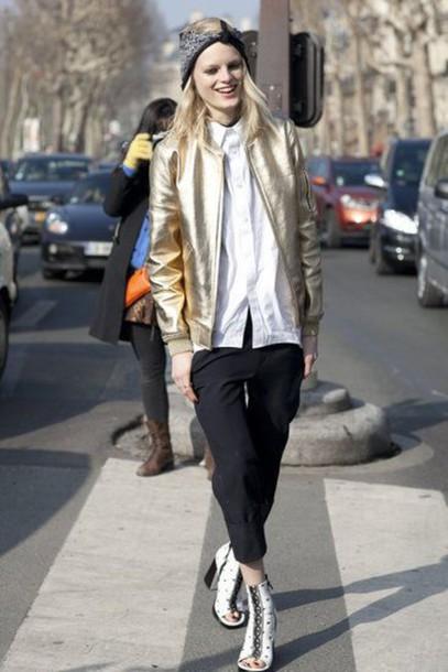 jacket metallic bomber gold jacket bomber jacket shirt white shirt streetstyle pants capri pants black pants shoes white shoes bandana gold leather jacket