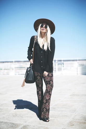 room91 blogger black shirt flare pants hippie printed pants