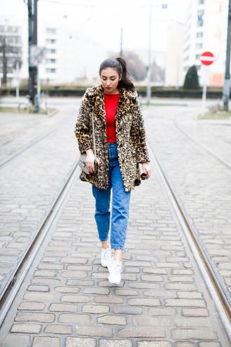 samieze blogger coat jeans shirt bag shoulder bag animal print sneakers mom jeans