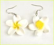 jewels,white,earrings,silver,flowers,dangly earrings,yellow