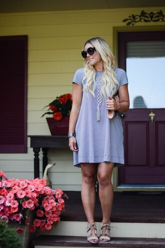 all dolled up blogger dress jewels bag sunglasses shoes grey grey dress statement necklace flats round sunglasses nude shoes lace up sandals sandal heels high heel sandals nude sandals lace up heels casual dress black sunglasses clutch summer dress summer outfits tassel