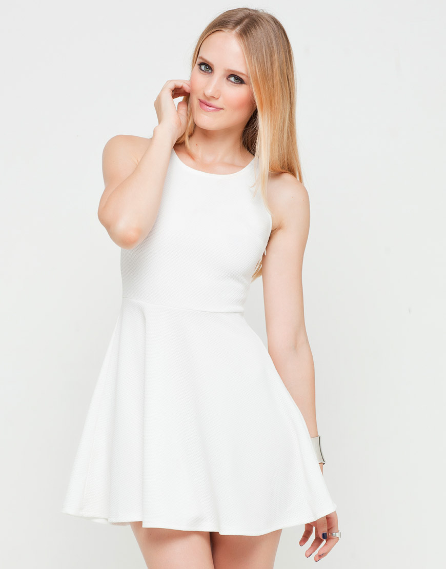 b9928f3efc Motel Patsie Textured Skater Dress in White Airtex