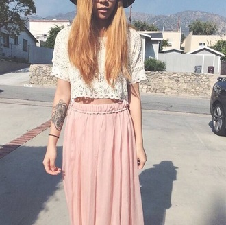 skirt crop tops long skirt white crop tops top white top light pink old pink pink skirt summer top summer summer outfits outfit boho chic hippie hippie chic hippie boho gypsy