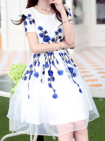 Delicate blue embroidery white gauze spliced a