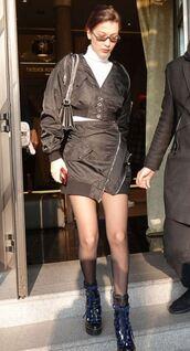 skirt,jacket,turtleneck,ankle boots,boots,mini skirt,black,bella hadid,model off-duty,streetstyle,milan fashion week 2018,fashion week 2018,asymmetrical,asymmetrical skirt