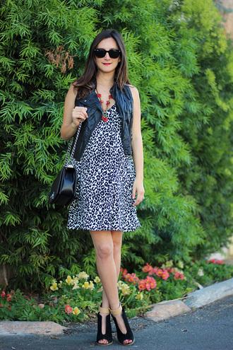 dress jacket shoes bag jewels frankie hearts fashion