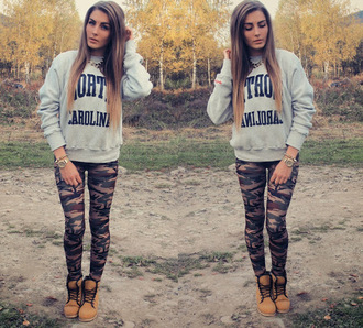 sweater boots leggings camouflage watch necklace pants shoes grey jewels