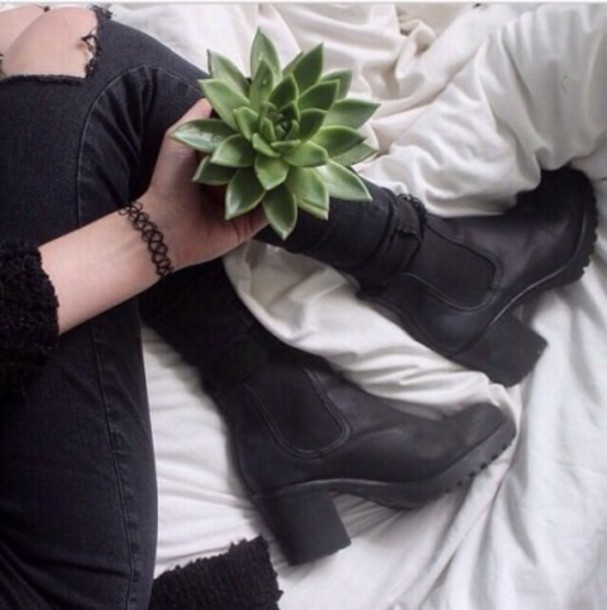 shoes grunge boots grunge boots elastic riding boots black jeans