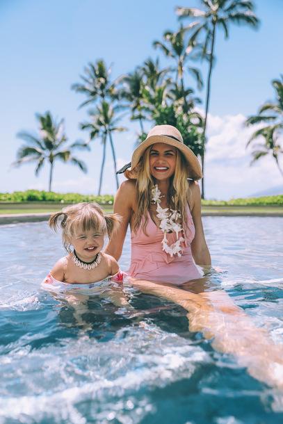 barefoot blonde blogger swimwear hat sunglasses dress jewels