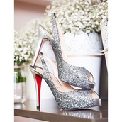 shoes,silver,sparkle,style,slingback heels,high heels,pumps