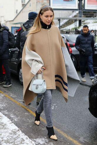 coat poncho streetstyle fashion week paris fashion week 2018 pernille teisbaek blogger