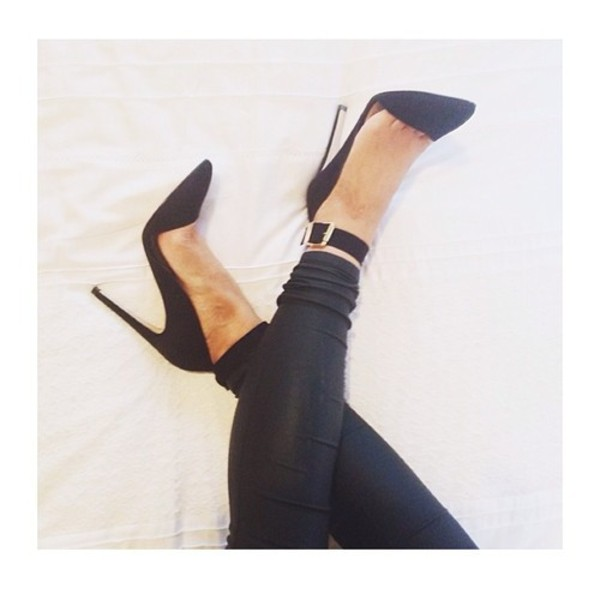 shoes stilettos heels black pointed heels high heels pants black stilettos