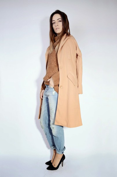 quality rivets blogger camel coat boyfriend jeans